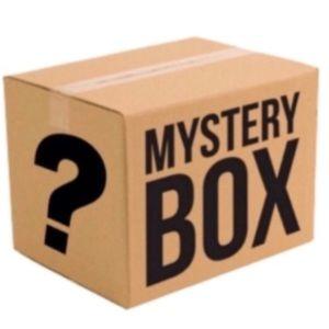 🌞10 piece mystery bundle🌞